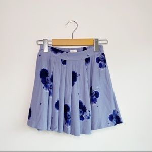 SUNDAY BEST ARITZIA Blue Floral Mini Skort